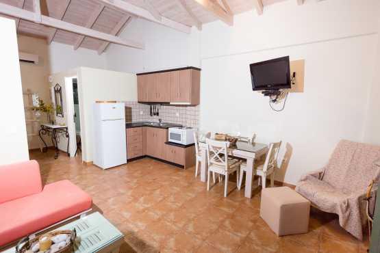 iliodili chamaloni accommodation finikounta